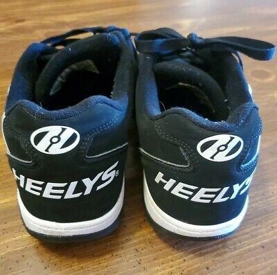 HEELYS Men's Propel 770362 Color: Black/White. Size 10 Pre owned