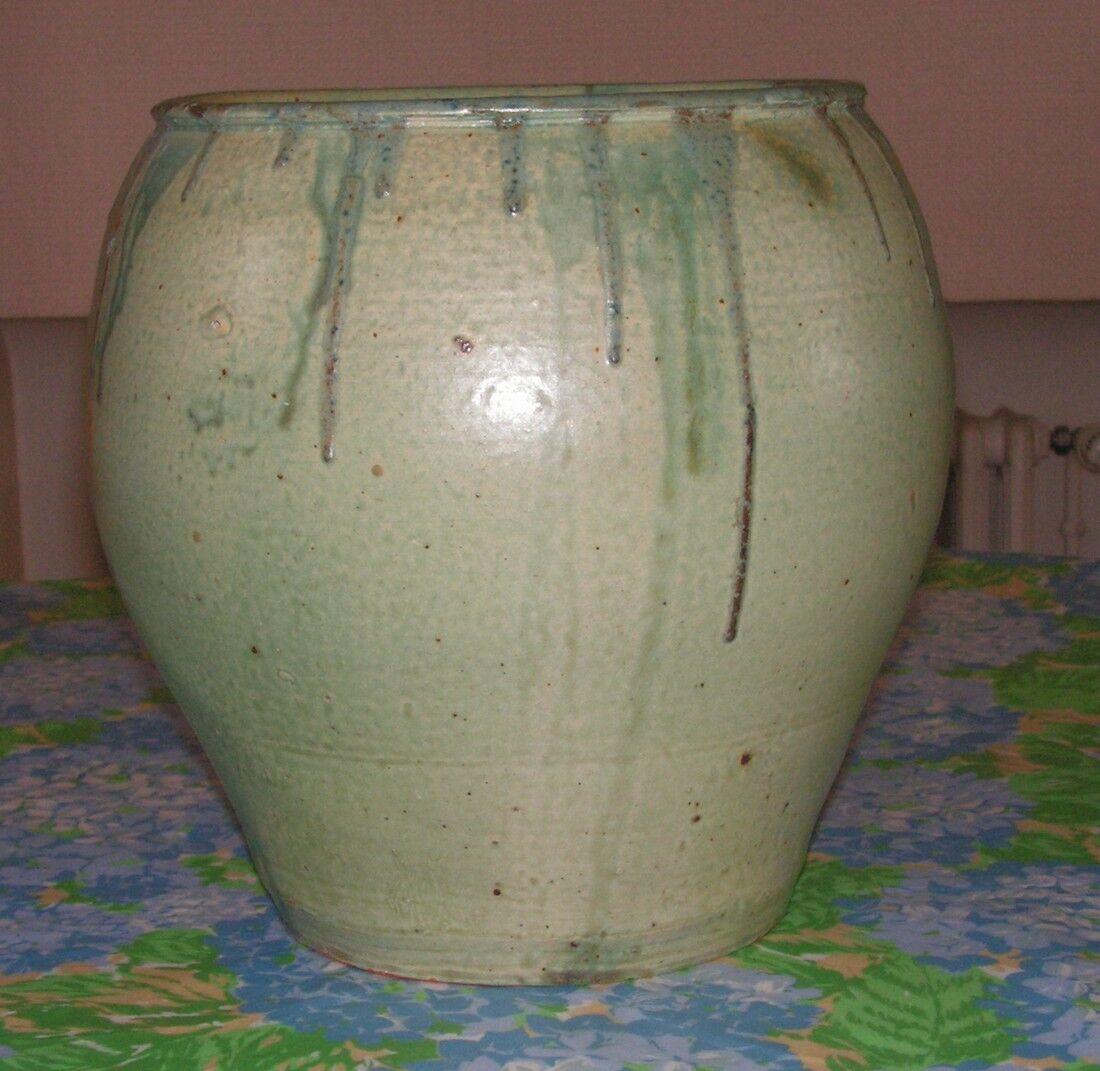 important vase cache pot en gr s de henri de vallombreuse l ve de carri s eur. Black Bedroom Furniture Sets. Home Design Ideas