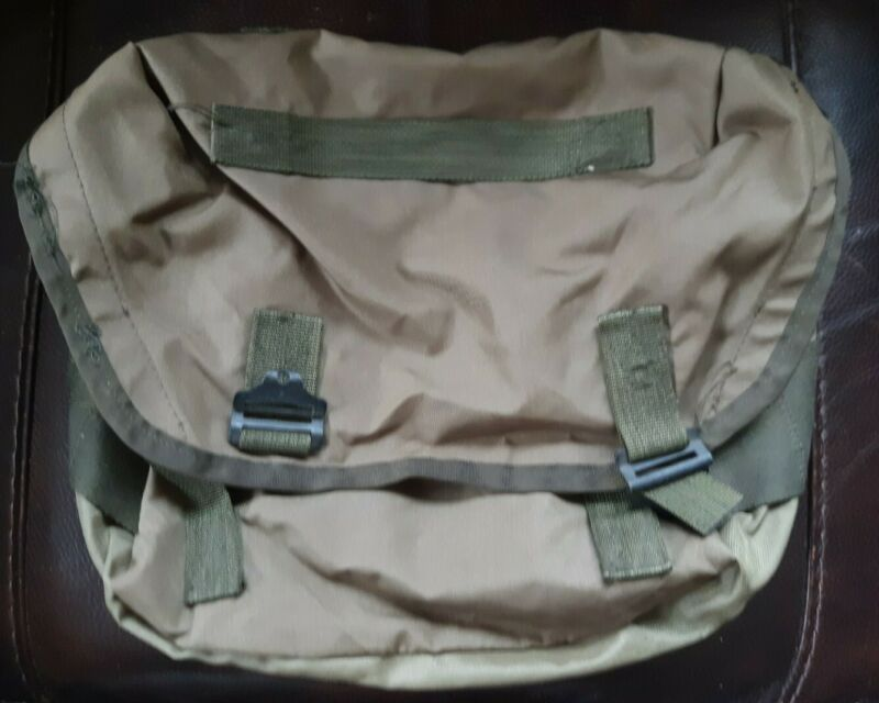 US Military Style Nylon Buttpack Field Pack
