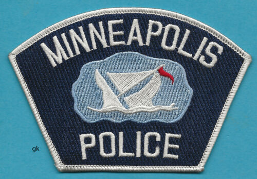 MINNEAPOLIS MINNESOTA POLICE SHOULDER PATCH Red flag.
