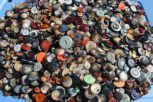 700-Buttons-Earth-Tones-Natural-Sewing-Jewelry-Colors-Mixed-Bulk-Lot-Wholesale