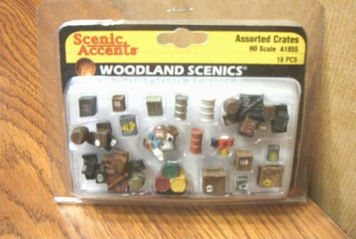8WOODLAND SCENICS ASSORTED CRATES HO SCALE FIGURES