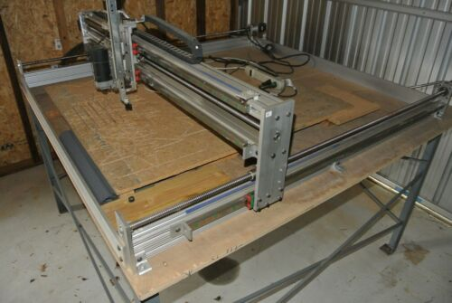 PDJ 50 x 50 CNC Router with Table Fully assembled with computer & software