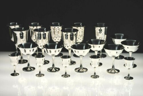 "ANTIQUE ""SALEM"" SILVER PLATE WINE CHALICES, CHAMPAGNE SHERBET & CORDIALS 20 PCS"