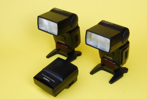 Lot of (2) Canon Speedlite 420EX Hot Shoe Flash and (1) Canon ST-E2 Transmitter