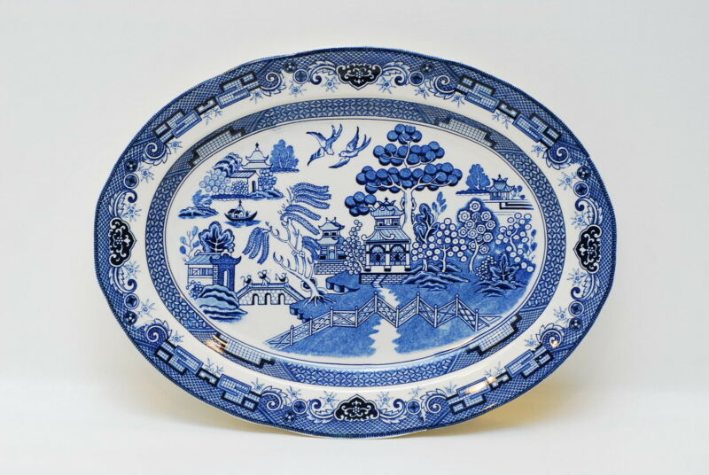 Heritage Mint Blue Willow 18 3/8 Inch Turkey Platter