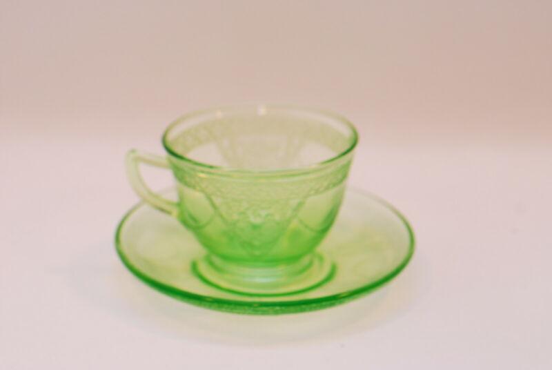 4 Federal Glass Georgian Lovebirds Green Cup Cups & Saucer Saucers