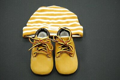 [TB09589R] NEW TIMBERLAND INFANTS CRIB BOOTIE WITH HAT WHEAT NUBUCK GIFT SET TI1