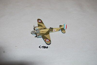 C180 Jouet ancien - avion militaire en métal