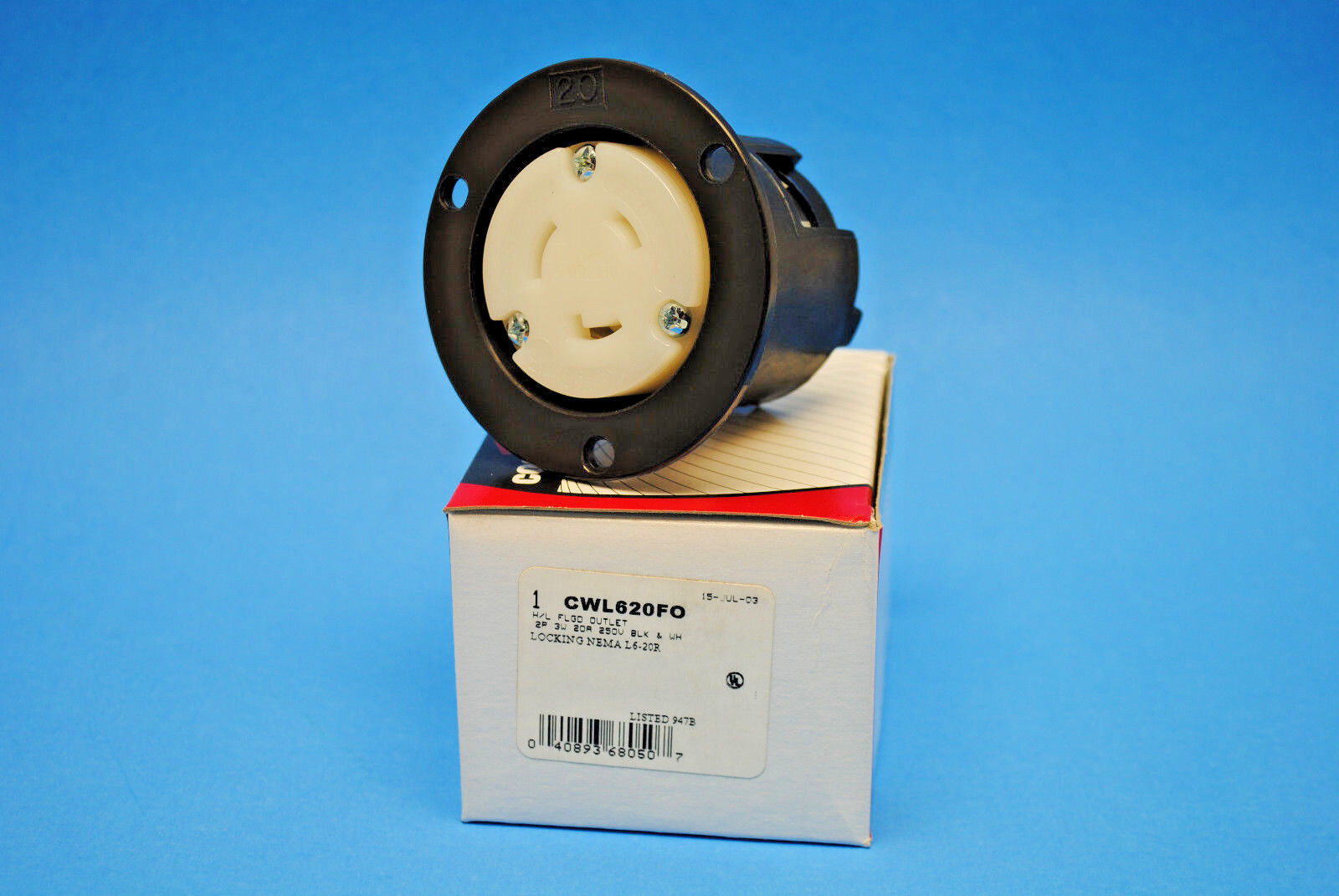 NEMA L7-20 20A 277V 2 Pole 3 Wire Grounding Flanged Outlet Receptacle