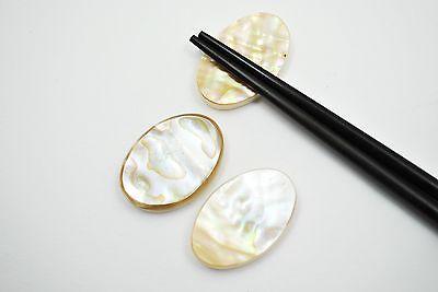 Stäbchenablage aus Perlmutt 4,1 x 3,0 x 0,6 cm  oval Stäbchen