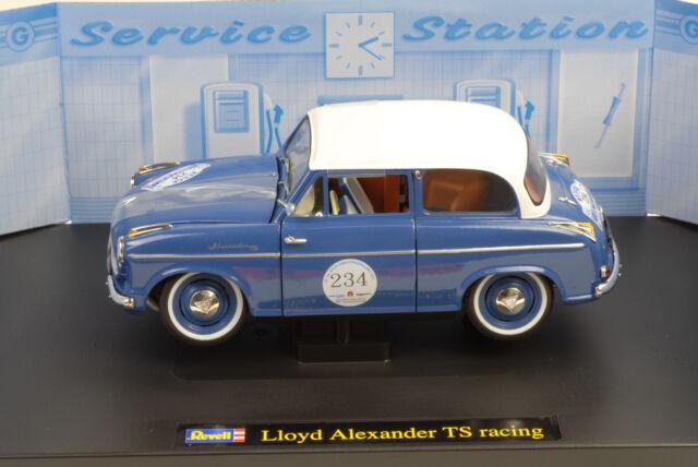 LLoyd Alexander TS Racing blau 1:18 Revell