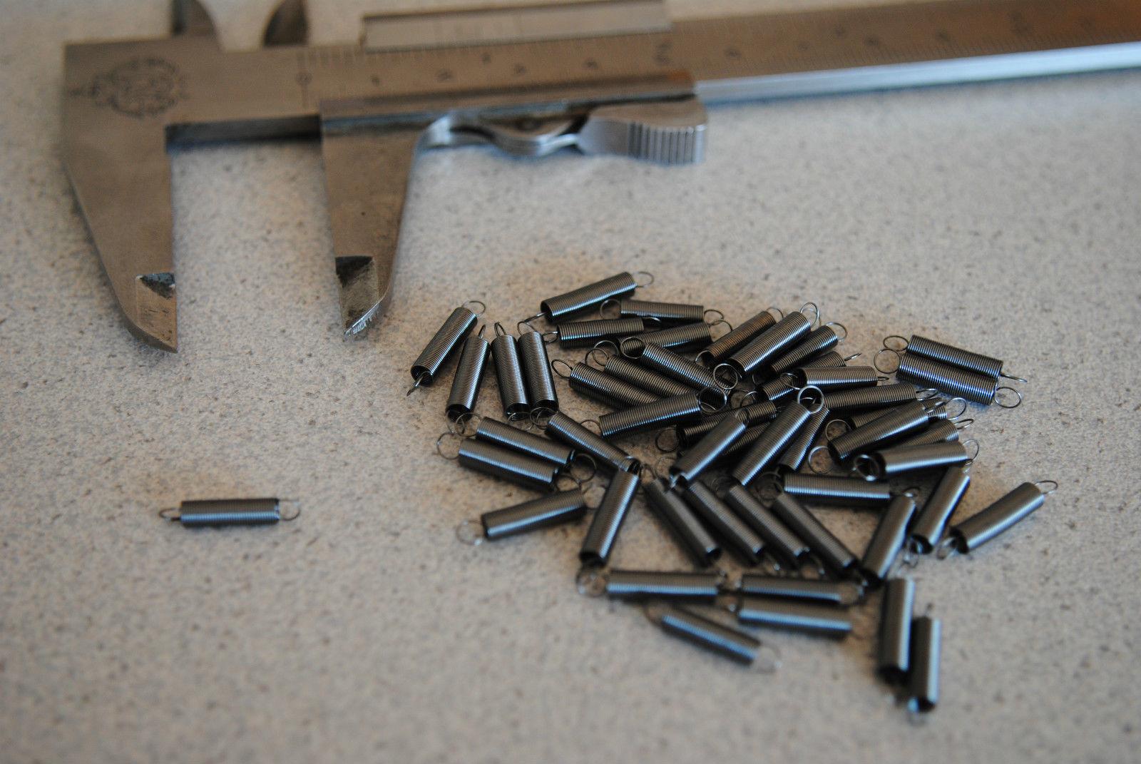 nichtrostend 2x Zugfeder Draht Ø2,5mm 494 60mm Außen Ø22,5mm Einhänge-L