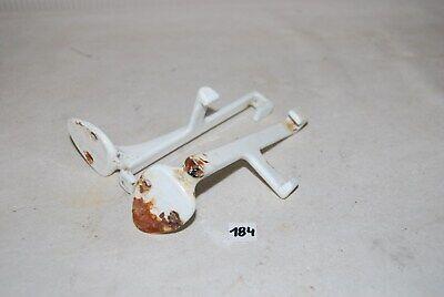 C184 2 anciens supports de tablette évier - émaillé blanc