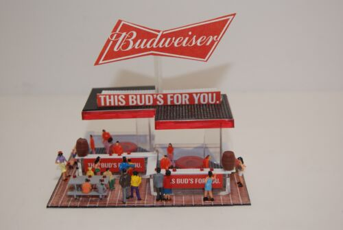 Ho Slot Car Layout  Scenery BUDWIESER BEER  STAND has 20 PEOPLE for AFX,TYCO