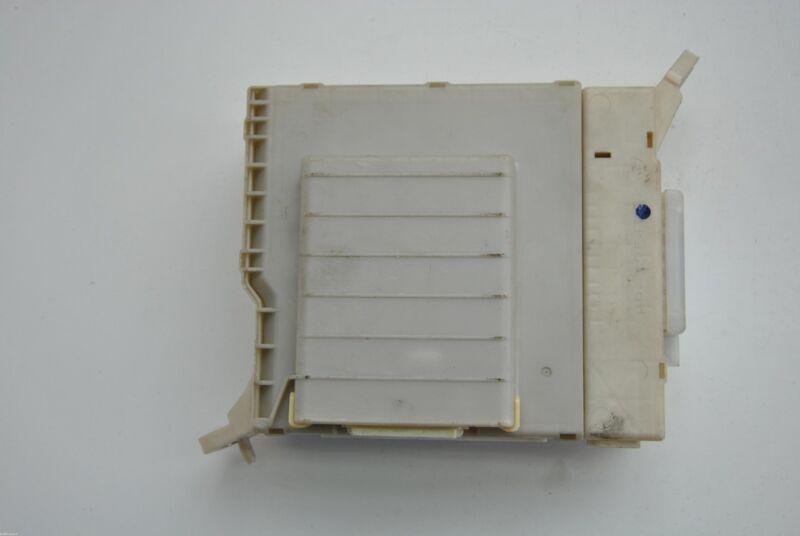 LEXUS GS 450h 2010 RHD INTERIOR FUSE BOX 82730-30321