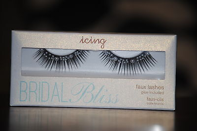 Bridal Bliss Black Double Layer Faux Lashes & Faux Pearl with Glue Included