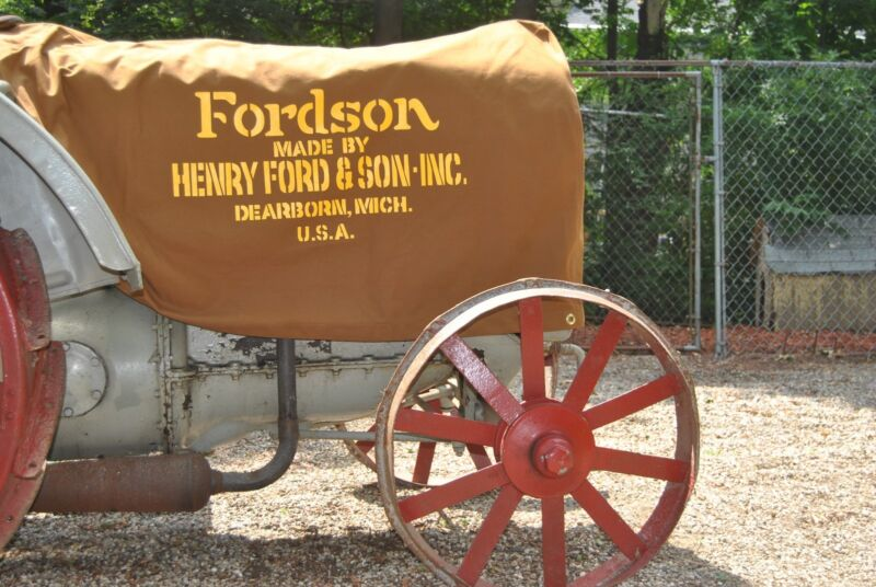 Fordson Tractor Model F Covers - Henry Ford & Sons 1918 – 1922