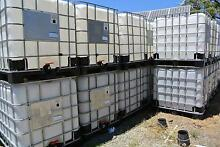 1000LT Tank, IBC Container, Plastic or Metal Base, VGC. Jandakot Cockburn Area Preview