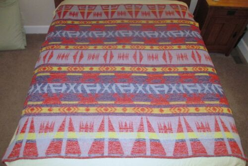 "Vintage Beacon Style Reversible Geometric Indian Pattern Camp Blanket 68 x 64"""