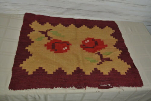 """Vtg. Indian Wool Small Rug 28""""x 24"""" Native American HANDMADE Place Sitting Mat"""