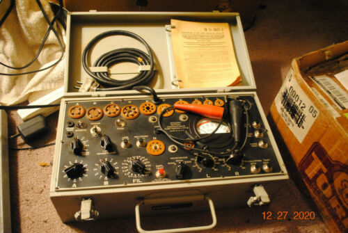 Signal Corps Army Tube Tester Model I-177-B  EXC Cosmetics Untested