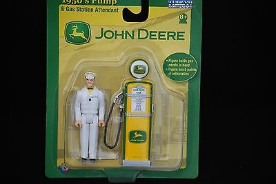 John Deere 1950's Pump and Gas Station Attendant NIP