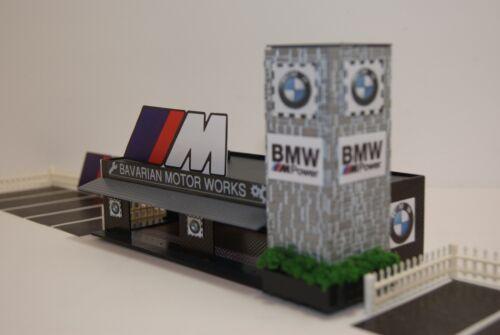 HO SLOT CAR LIT  BMW CAR DEALERSHIP has FENCED PARKING with M POWER BILLBOARDS