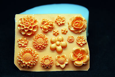 Small Flowers #2, Silicone Mold Chocolate Polymer Clay Jewelry Soap Wax Resin
