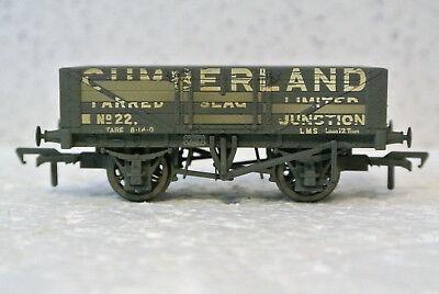 Bachmann Branch Line 37- 071 Plank Wagon CUMBERLAND  With Load Weathered. NIB
