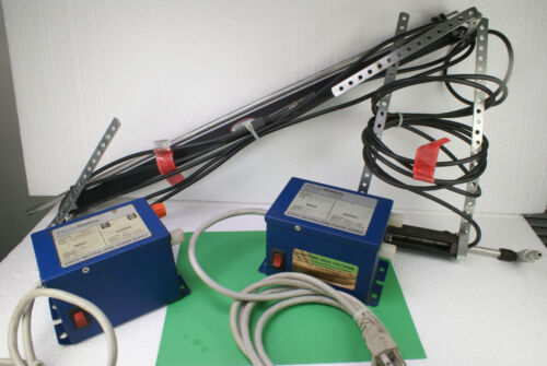 LOT OF 2 ELECTROSTATIC ANTI STATIC IONIZATION BARS WITH T-1246SL POWER SUPPLY