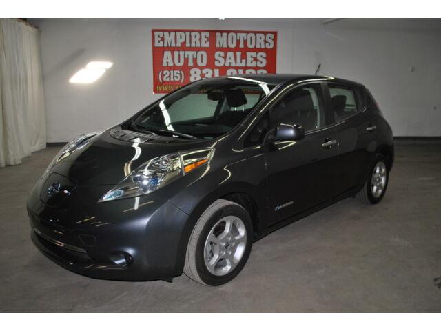 Image 1 of Nissan: Leaf Gray 1N4AZ0CP3DC413639