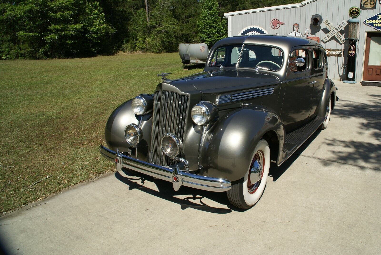 1938 Packard Deluxe Eight  1938 PACKARD SEDAN VINTAGE COLLECTIBLE FLAWLESS LKIE CADILLAC no reserve