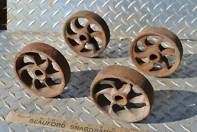 Small Curved 6 Spoke Cast Iron Wheel Set For Gas Engine Hit Miss Truck