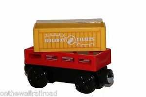 HOLIDAY-LIGHT-UP-CARGO-CAR-Thomas-Tank-Engine-Wooden-Railway-NEW-Christmas