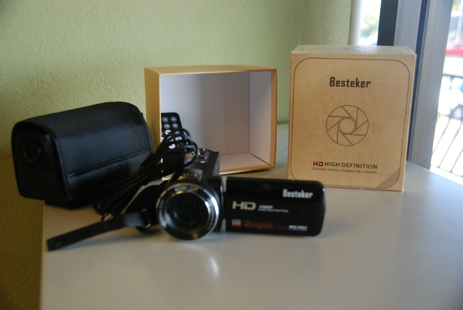 Camera Camcorders, Besteker Portable 1080P 24MP 16X Digital