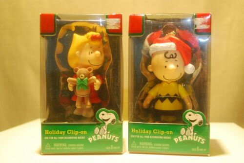 Lot of 6 - NEW Peanuts Charlie Brown Christmas Holiday Figures Scenes