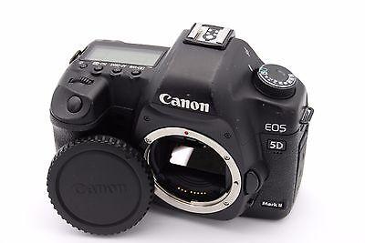 Canon EOS 5D Mark II 21.1 MP Digital SLR Camera - (Body Only) -Shutter Count: 90