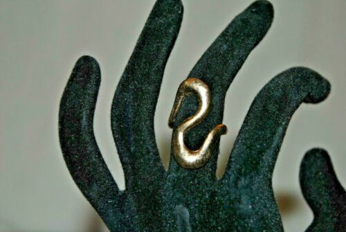 Vintage Gold Tone Swirl Ring Size 6.5 View Photo