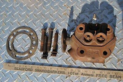 Ihc International Hit Miss Gas Engine Lb 1 12 -2 12 Hp Cylinder Head Assembly