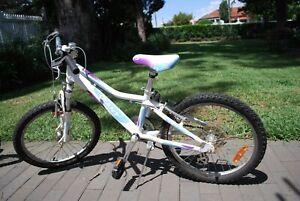 Girls Mountain Bike 20inch