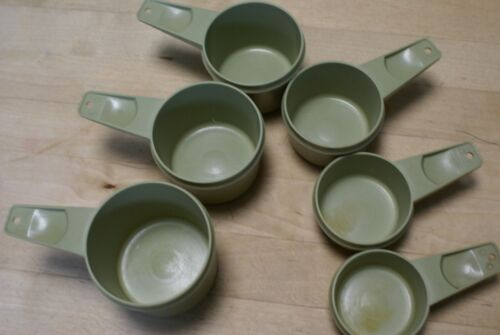 Tupperware Measuring Cups Complete Set of 6 Green