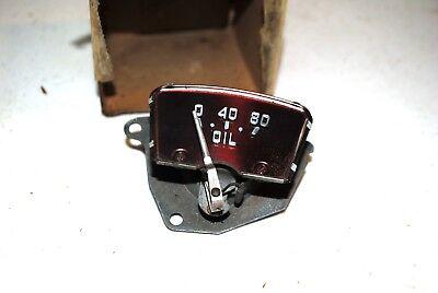 NOS MOPAR 1950 CHRYSLER 6 OIL GAUGE  1340297