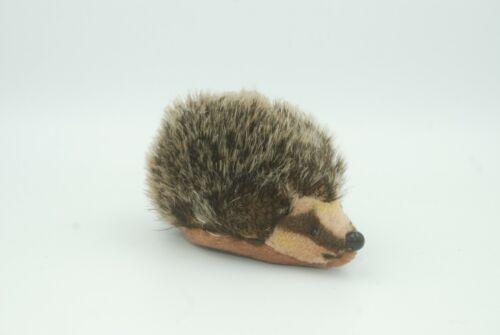 """""""Joggi"""" Vintage Steiff Hedgehog, 4.5"""" long, 2.5"""" tall"""