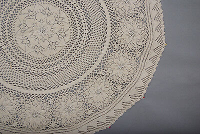 L162/67 Vintage Beige Cotton Handknitted Small Round Tablecloth 27.5 in