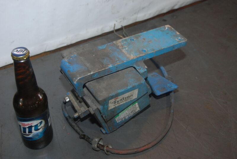 Syntron Vibrator Magnetic Feeder Model Bf-01c Inv=28644