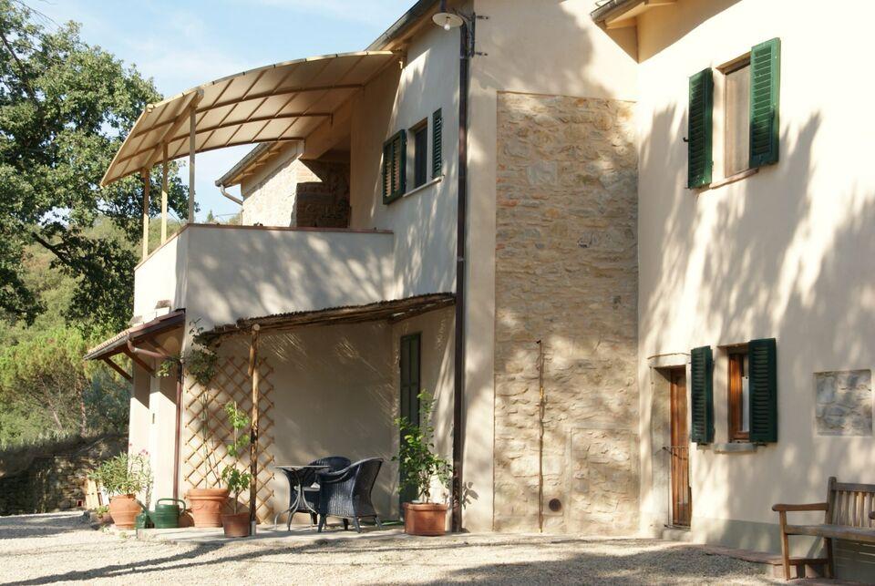 Landhaus mit Traumblick auf Arezzo Toskana Italien in Augsburg