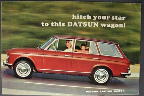 1967 Datsun Station Wagon Brochure Folder Nissan WPL-411 Nice Original 67