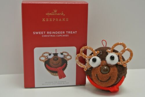 Hallmark 2021 Limited Edition SWEET REINDEER TREAT Christmas Cupcakes NEW MINT