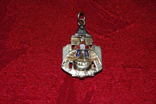 14KT 21.4 GR Solid Gold 32 Degree Masonic / Freemason Tri-Fold Fob/Pendant Rare